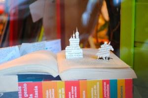 exposicion libros recortados Calamo 3