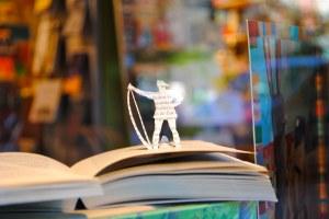 exposicion libros recortados Calamo 8