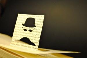 libros recortados hombre invisible 1