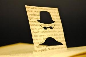 libros recortados hombre invisible 3