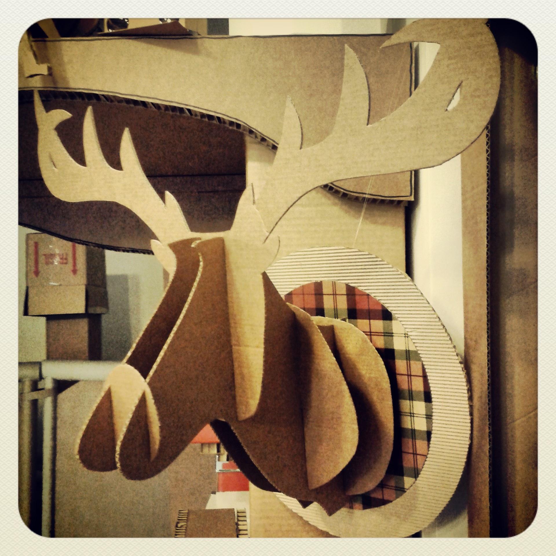 Carton reciclado la cartoneria - Cabeza ciervo carton ...
