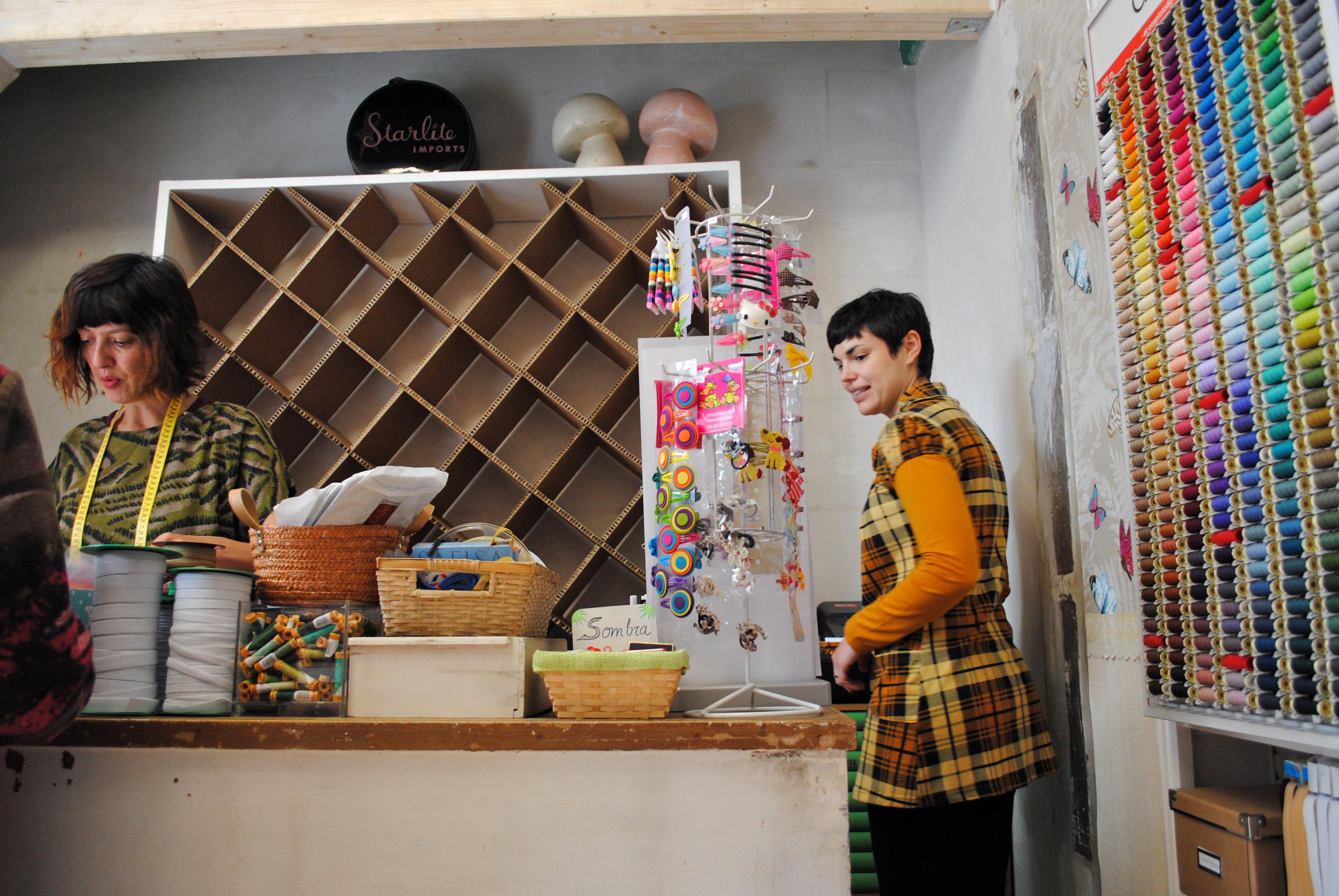 Mueble organizador de lanas la cartoneria - Mobiliario para merceria ...