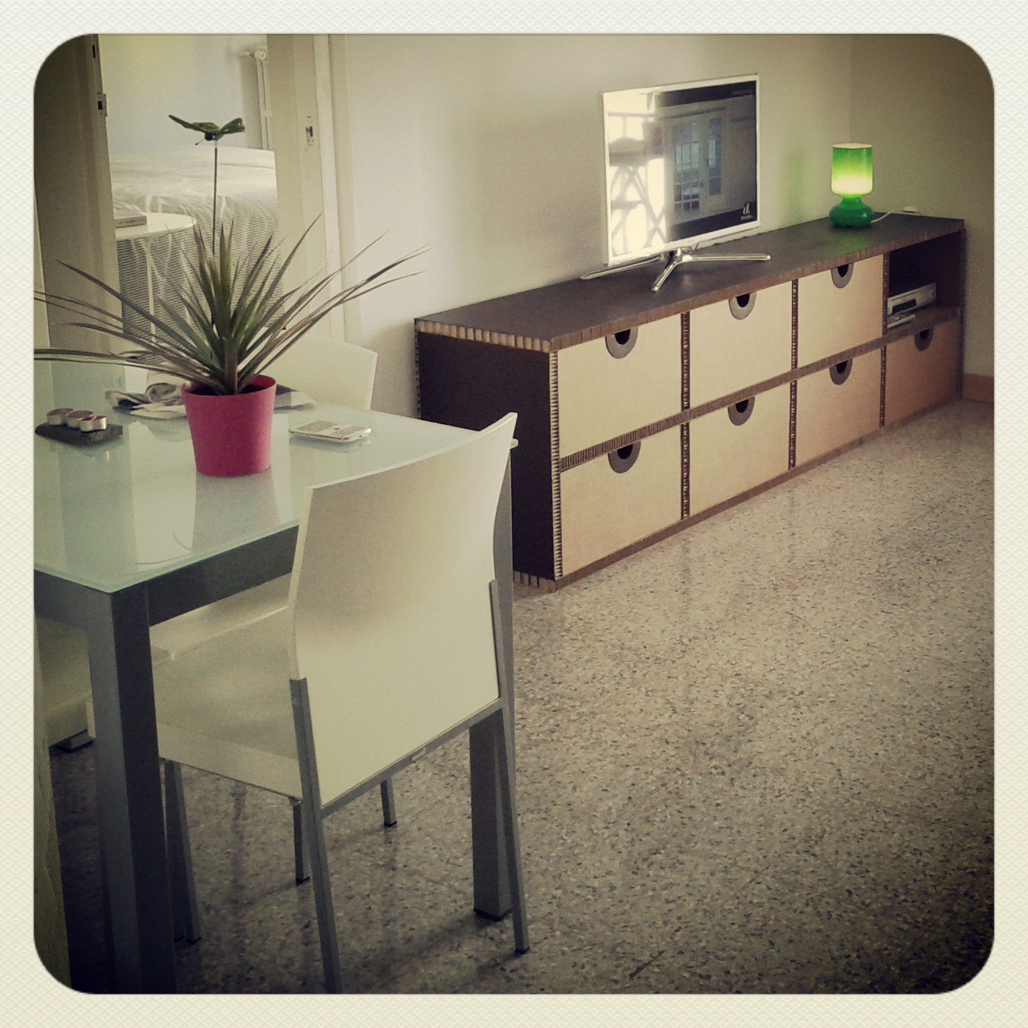 Muebles de cart n la cartoneria p gina 4 - Muebles para teles ...