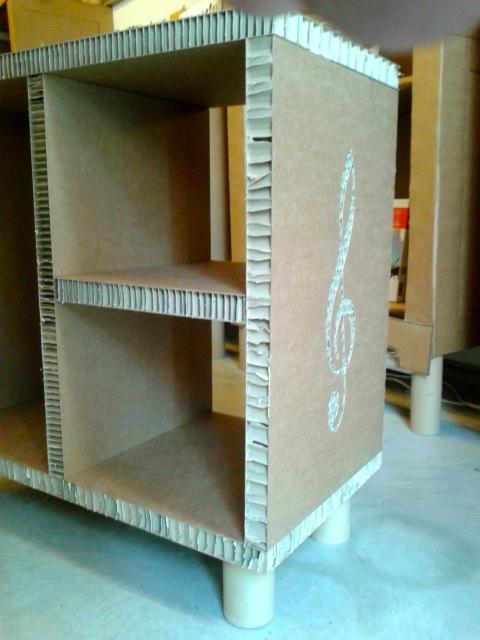 Mueble de cart n para tocadiscos y vinilos la cartoneria for Muebles para tocadiscos